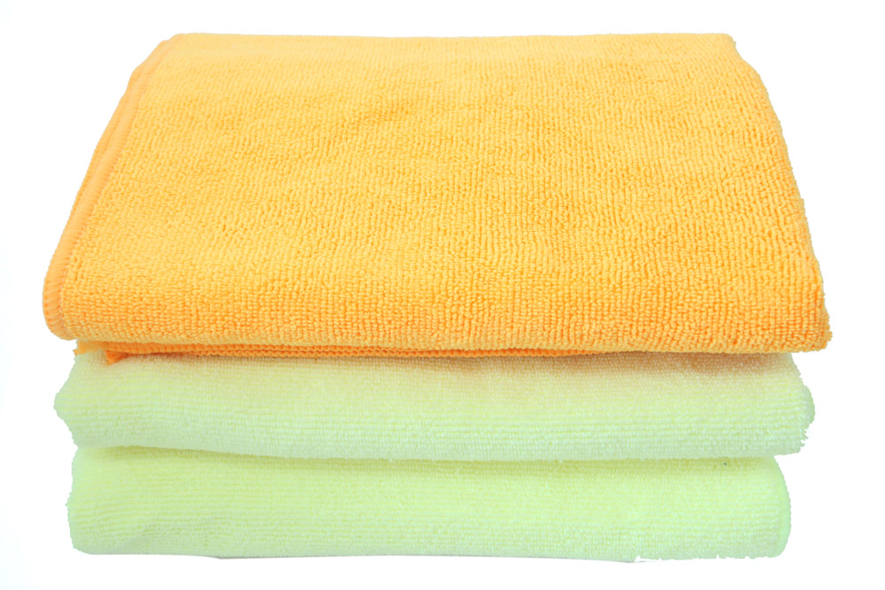 High and Short Loops Microfiber Towel with Warp Knitting